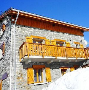 Charming Chalet In Les Menuires Near Les 3 Vallees Ski Area photos Exterior