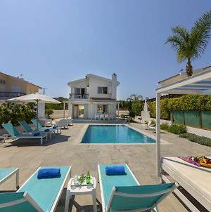 Fig Tree Bay Villa 3 photos Exterior