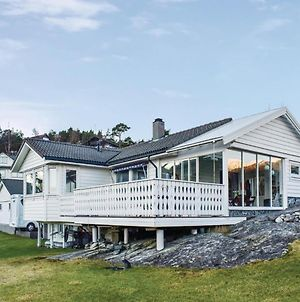 Four Bedroom Holiday Home In Husnes photos Exterior