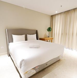 Luxurious And Comfortable 1Br Ciputra World 2 Apartment photos Exterior