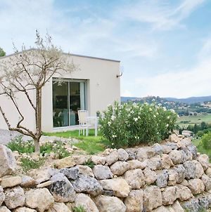 One-Bedroom Apartment In Manosque photos Exterior