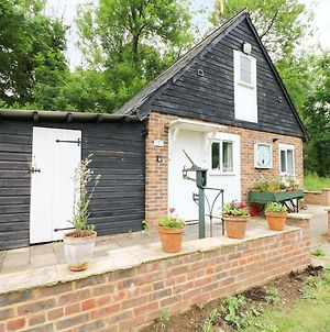 Tick Tock Cottage, Robertsbridge photos Exterior
