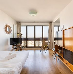 Veeve Spectacular Views From Batignolles Monceau photos Exterior