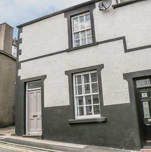 22 Uppergate Street, Conwy photos Exterior