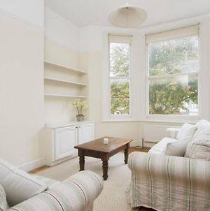 Airy 1 Bedroom Flat In Central London photos Exterior