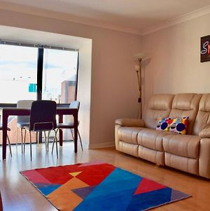 1 Bedroom Apartment With Views In City Centre photos Exterior