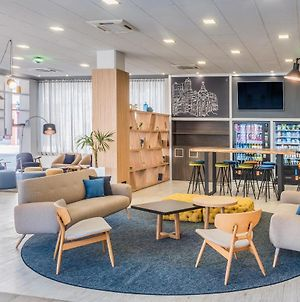 Tryp Madrid Airport Suites photos Exterior