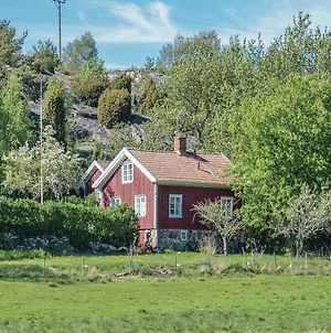 Two Bedroom Holiday Home In Grundsund photos Exterior