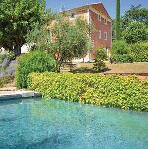 Five-Bedroom Holiday Home In St. Saturnin Les Apt. photos Exterior