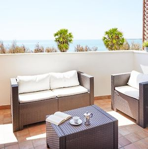 Aura Casesicule, Only For Sea View Lovers, Modern Style Apartment In City Center, Wi-Fi photos Exterior