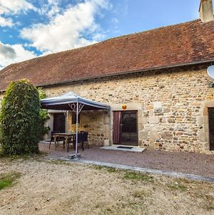 Historic Holiday Home In Cerilly With Swimming Pool photos Exterior