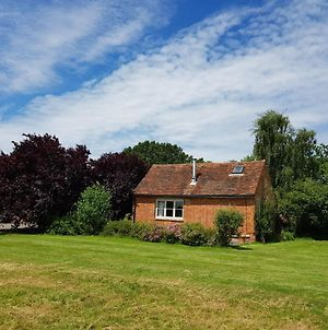 Charming Cottage In Ashford Kent With Woodburner Stove photos Exterior