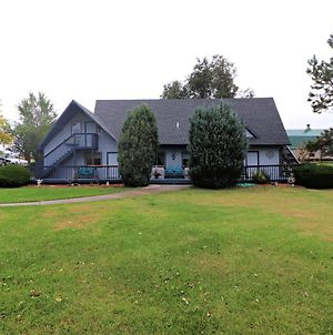 Sweetgrass Inn Bed & Breakfast photos Exterior