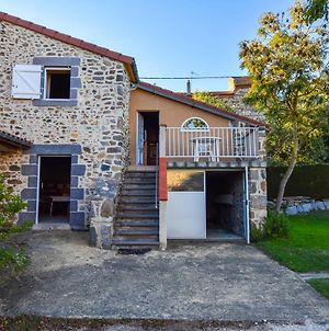 Charming Holiday Home In Saint-Beauzire Near Forest photos Exterior