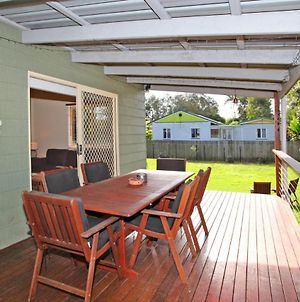 24 Sundew Street, Mudjimba - 500 Bond - Pet Friendly, Linen Supplied, Wifi, Air Cond. photos Exterior