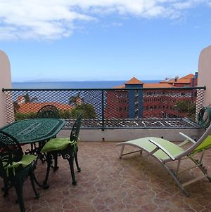 Apartment With One Bedroom In Canico With Wonderful Sea View Balcony And Wifi 500 M From The Beach photos Exterior