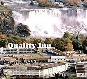 Quality Inn Clifton Hill Niagara Falls photos Exterior