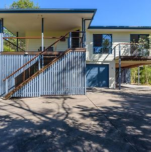 12 Ibis Court - Highset Beach House With Natural Bushland Gardens And Covered Decks photos Exterior