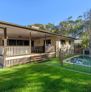 7 Ibis Court - Spacious Family Home With Large Outdoor Area, Swimming Pool & Ample Parking photos Exterior