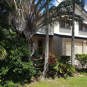 8 Hakea Place - Family Home On A Quiet Street, Close To Beach & Shops, Pet Friendly photos Exterior