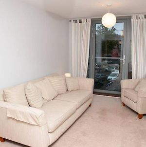 2 Bedroom Apartment With Private Parking In Bristol photos Exterior