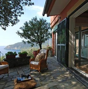 Moneglia Villa Sleeps 8 Air Con Wifi photos Exterior