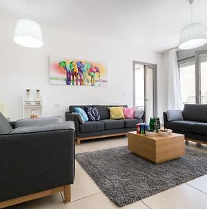 Amazing 2 Bedrooms/Gym/Parking In City Center photos Exterior