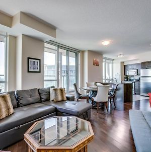 Instant Suites Luxurious 1Br In Heart Of Downtown With Balcony photos Exterior