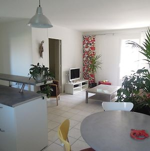 Colombet Appartement Pitot photos Room