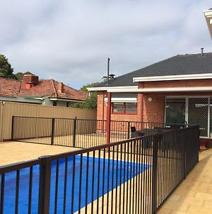 Big House Heated Pool 11 Beds Como South Perth Applecross photos Exterior