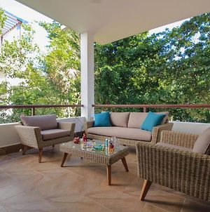 Fantastic Condo With Balcony, High Speed Internet, Pool Facilities In Akumal photos Exterior