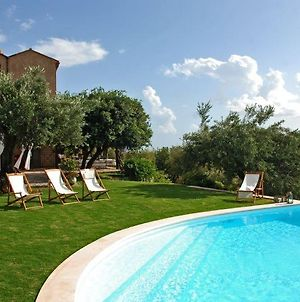 Maratea Villa Sleeps 12 Pool Wifi photos Exterior
