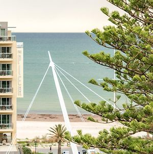 Beachside Luxury & Comfort, Ocean Views In Glenelg photos Exterior