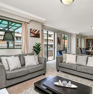 Large Dual Level Apartment Minutes Walk From Darling Harbour - Hwd89 photos Exterior