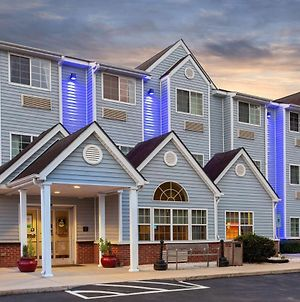 Microtel Inn & Suites By Wyndham Lillington/Campbell University photos Exterior