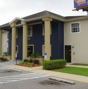 Studio 6 Pensacola Fl photos Exterior