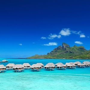 Four Seasons Resort Bora Bora photos Exterior