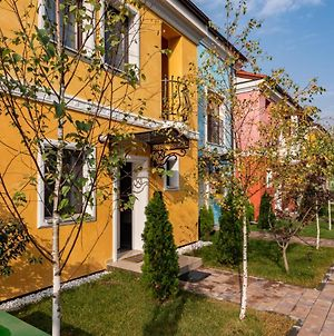 Bucharest Airport Suites & Villas photos Exterior