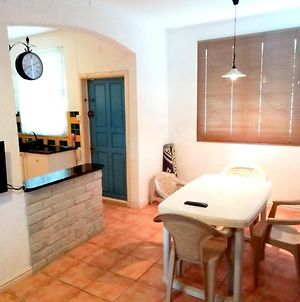 Apartment With 3 Bedrooms In Morcellement Jhuboo With Enclosed Garden 7 Km From The Beach photos Exterior