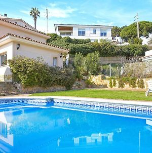 Beautiful Villa In Canyelles With Private Swimming Pool photos Exterior