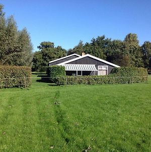Calm Holiday Home In Burgh-Haamstede Zealand With Garden photos Exterior