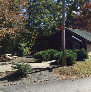 Cabin In The Woods - Fire Pit - Picnic Area -Hot Tub - Bear Tracks Mountain Cabins photos Exterior