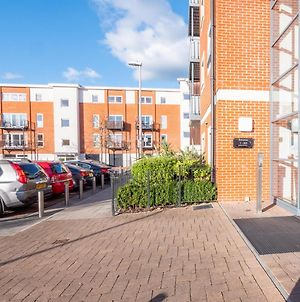 Reduced Price, Perfect For Nhs Staff, Keyworkers , 2 Bedroom Apartments Available, Reading Town Centre By Shepherd Serviced Apartments Book Today !!! photos Exterior