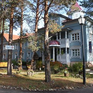 Hotel In Votchina Deda Moroza photos Exterior