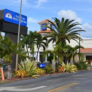 Americas Best Value Inn Ft. Myers photos Exterior
