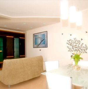 Apartment With One Bedroom In Melendugno With Furnished Balcony And Wifi 6 Km From The Beach photos Exterior