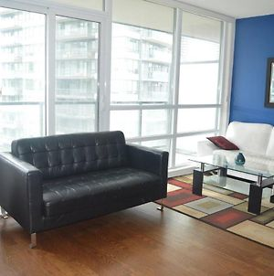 New Luxury Condo Lake Shore View With Parking photos Exterior