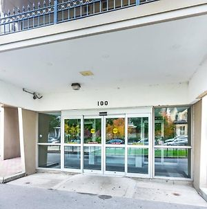 Budget Friendly Suites In Downtown Toronto III photos Exterior