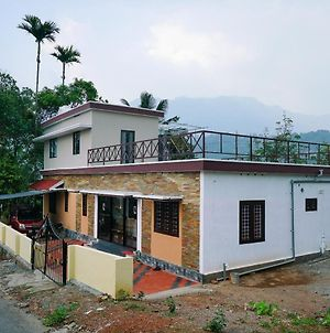 Tranquil 1Br Stay In Anachal photos Exterior