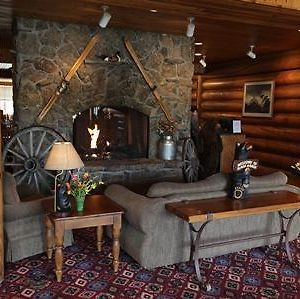 Headwaters Lodge And Cabins photos Interior